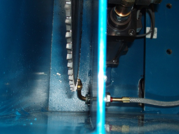 Crosscut Solutions Kool Mist  System. Pneumatically activated whenever the saw is activated when cutting aluminum
